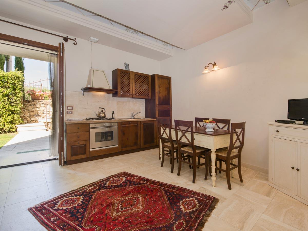 Molino della lodola appartamenti e camere a siena for Appartamenti siena